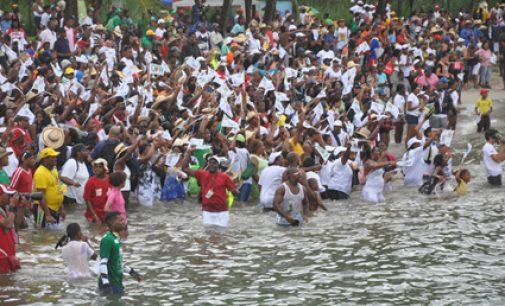 YOLES Tour Martinique 2011: Félix Mérine (UFR Chanflor) gagne une superbe 3e étape devant Athon Mas (Dr Roots- Zapetti)