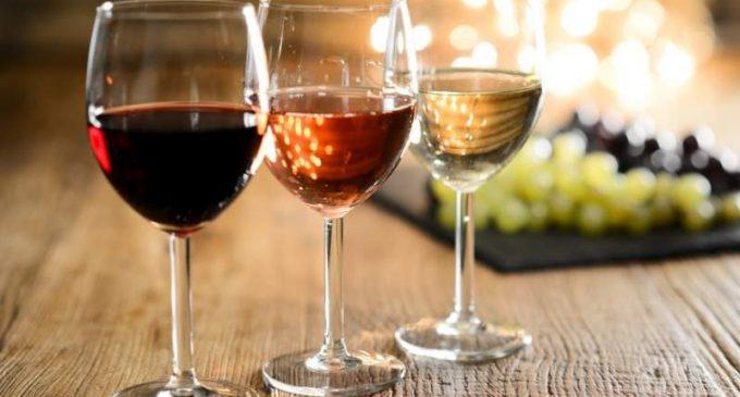 Que sait-on des liens entre confinement et consommation d'alcool ?