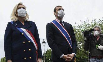Marine Le Pen, Jeanne d'Arc de l'obscène
