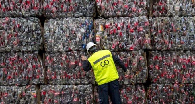 Le Covid-19 bouleverse l'économie du plastique