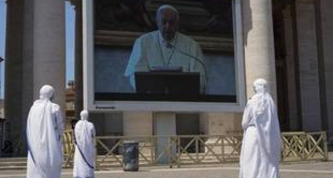 Coronavirus : Pour le pape, « tout sera différent » après la pandémie, avec un monde « meilleur ou pire »