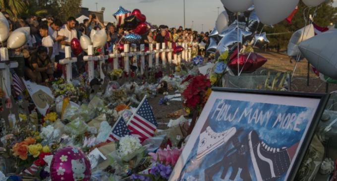 En cinq ans, le nombre d'attentats d'extrême droite a triplé en Occident.