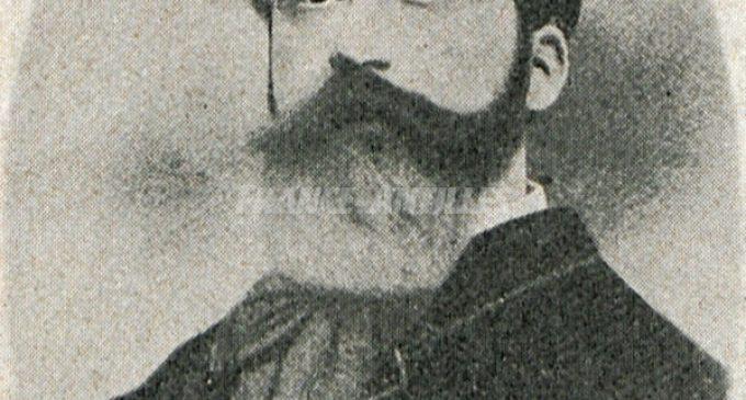 La statue de l'avocat martiniquais Ernest Deproges située à la cour Perrinon à Fort-de-France a été déboulonnée de son socle dans la nuit de jeudi à vendredi.