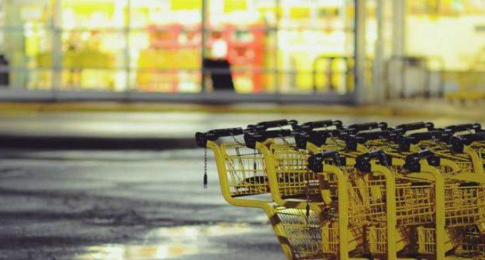 Baskets Lidl, PlayStation ou Nutella, pourquoi se battre pour acheter des produits de grande consommation