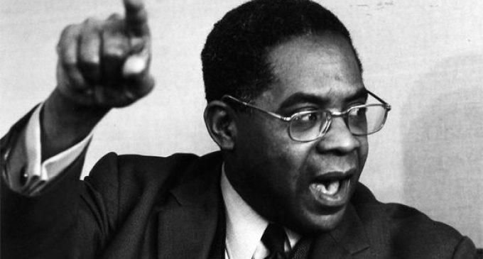 Quand Cesaire défendait le «droit des peuples à l'initiative» des peuples colonisés.
