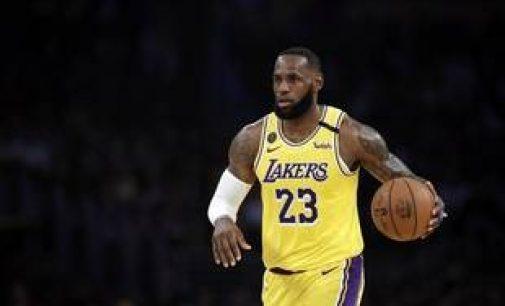 NBA : LeBron James a choisi de ne pas porter de message politique sur son maillot