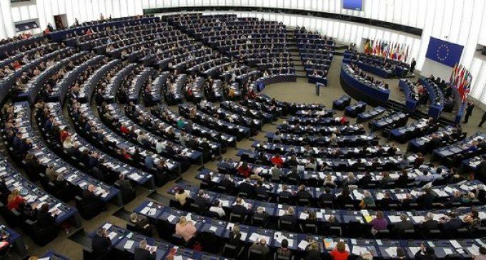 Plan de relance et budget à long terme : le Parlement européen pose ses conditions