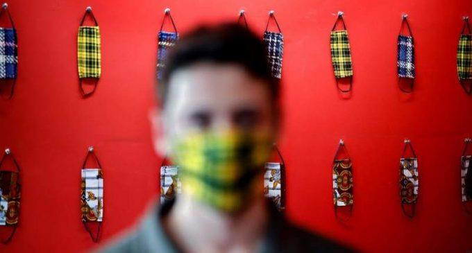 La masque attitude ou la contrainte d'inventer une autre culture. (Publié le 27/09/2020).