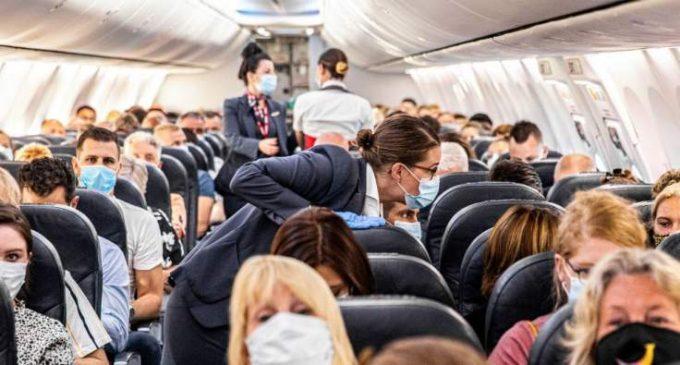 La probabilité d'attraper le coronavirus dans un avion a été calculée