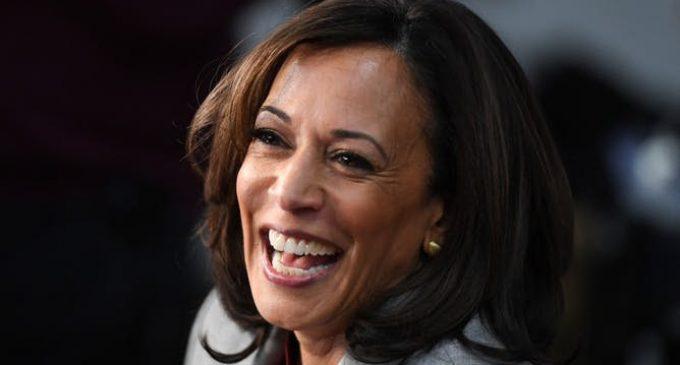 Avec Kamala Harris, Joe Biden espère recueillir les votes des jeunes Noirs américains