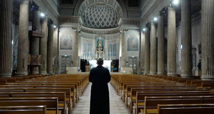 Après Anne Soupa, 7 femmes candidatent à des postes de l'Eglise catholique qui leur sont interdits