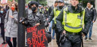 La police perd sa légitimité parmi les personnes de couleur, selon les hauts responsables . (Publié le 23oct.)