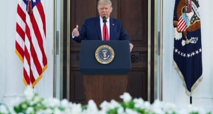 Une Conférence  de Trump à la Maison Blanche laisse la presse indifférente.