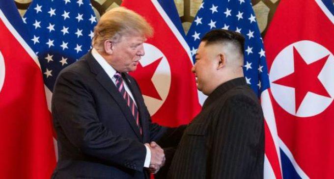 Trump se vante d'avoir développé une nouvelle arme nucléaire.  ( Publié le 06/10/2020.)