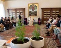 Audrey Pulvar… le pape François reçoit une délégation française « éclectique »