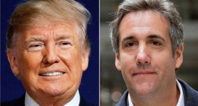 La Maison Blanche rejette comme une « fiction » le mémoire d'un ancien comparse condamné qui prétend que Trump est coupable des mêmes crimes que lui.