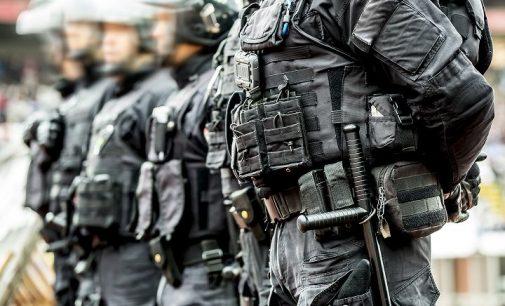 La loi sûreté anti-terroriste aux prismes de l'ordre constitutionnel : surveiller sans punir.  (Publié le 13/10/2020).
