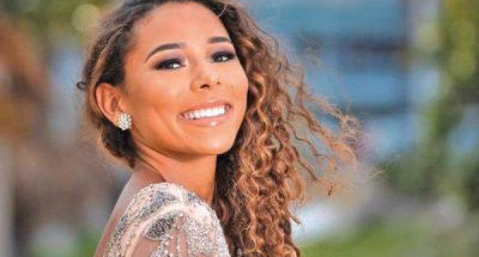 Naïma Dessout, Miss Saint-Martin/Saint-Barthélemy disqualifiée du concours Miss France 2021.(Publié le 16 oct. 2020.)