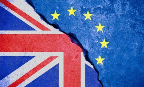 En quoi consiste la procédure lancée par la Commission à l'encontre du Royaume-Uni ?