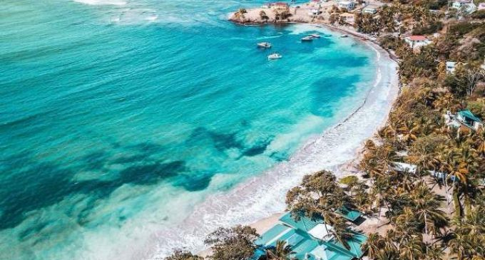 Caraïbe: l'OECS félicite Saint-Vincent et les Grenadines pour le 41ème anniversaire de son indépendance (publié le 10/11/2020)