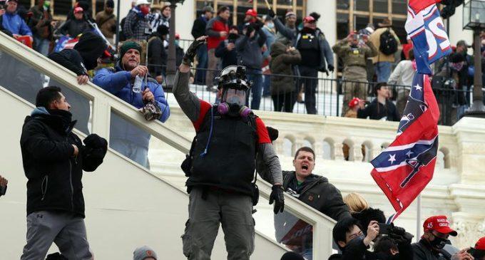 Etats-Unis : le jour où des supporters de Donald Trump ont pris d'assaut le Capitole