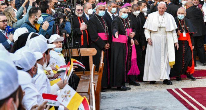 En Irak, le pape François bouscule les lignes