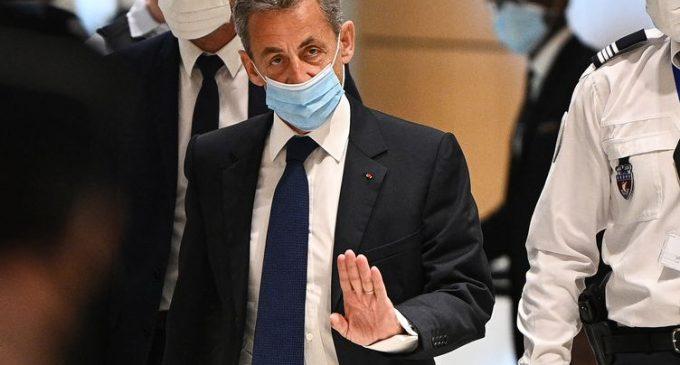 Au lendemain de sa condamnation, Nicolas Sarkozy dénonce une enquête menée «en dehors de toutes règles procédurales»