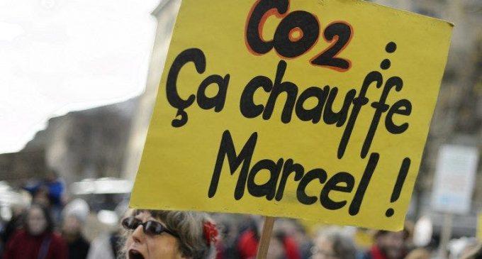 Conjuguer croissance économique et réduction des émissions de CO2, c'est possible et 32 pays l'ont fait depuis 2005 (dont… la France)