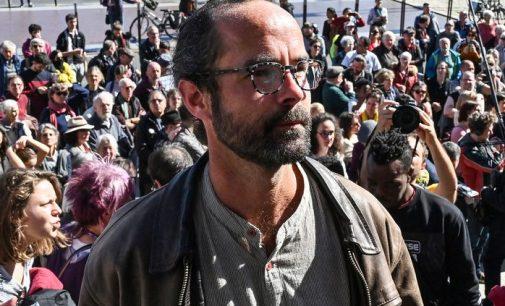 Aide aux migrants : le militant Cédric Herrou définitivement relaxé par la Cour de cassation