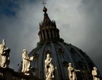 La bénédiction des couples LGBT+ divise l'Église catholique
