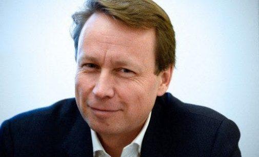 Denis Payre : « Nous devons impérativement nous attaquer aux déséquilibres qui nous pénalisent dans la compétition mondiale »