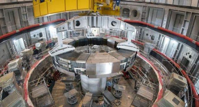 Capable de soulever un porte-avion, l'aimant le plus puissant du monde est en route pour ITER
