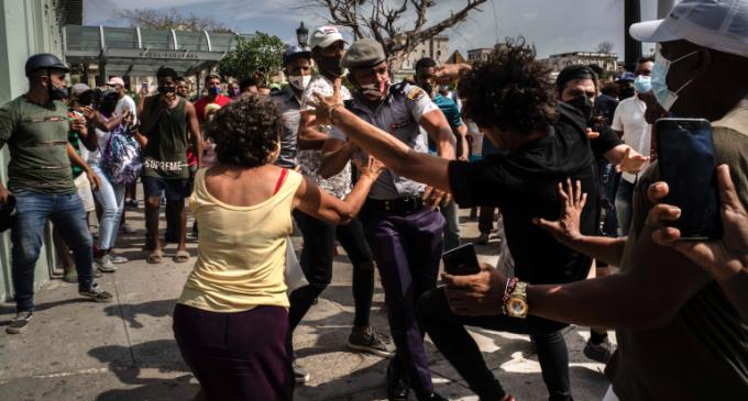 Cuba : «Que le gouvernement soit castriste ou pas, il y aura toujours une question d'indépendance vis-à-vis des États-Unis»