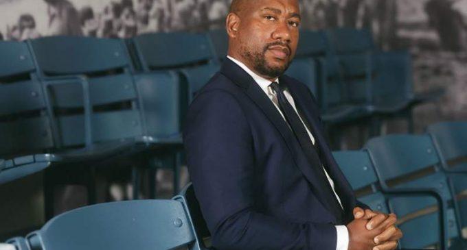 Triple Bruin examine l'histoire des Noirs à travers le sport